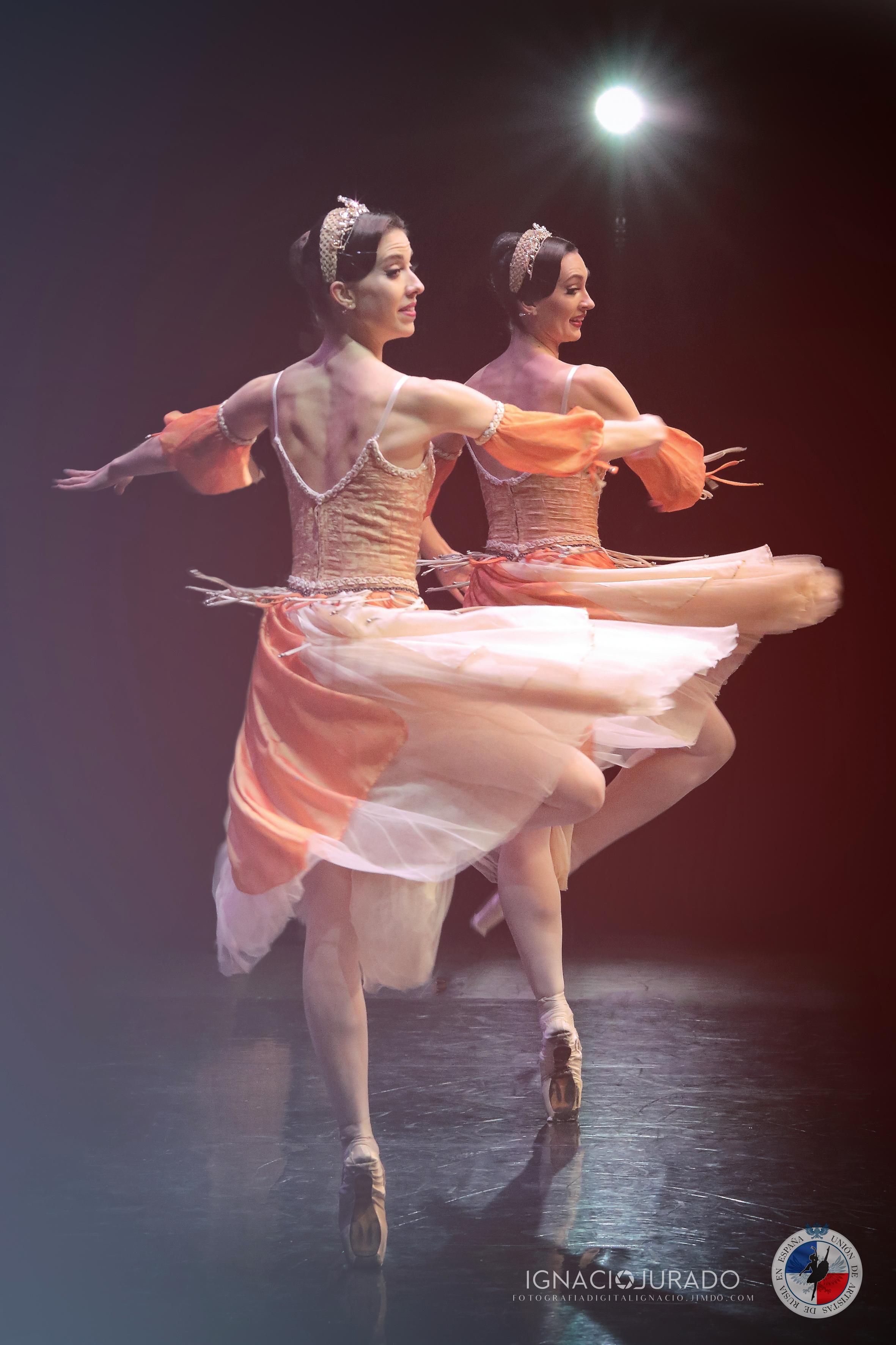 03 Ana y Helen F I JURADO